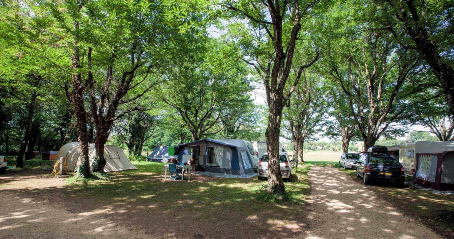emplacement-camping-la-grand-terre-ruoms-ardeche_00000079529kbkp7m0th_l